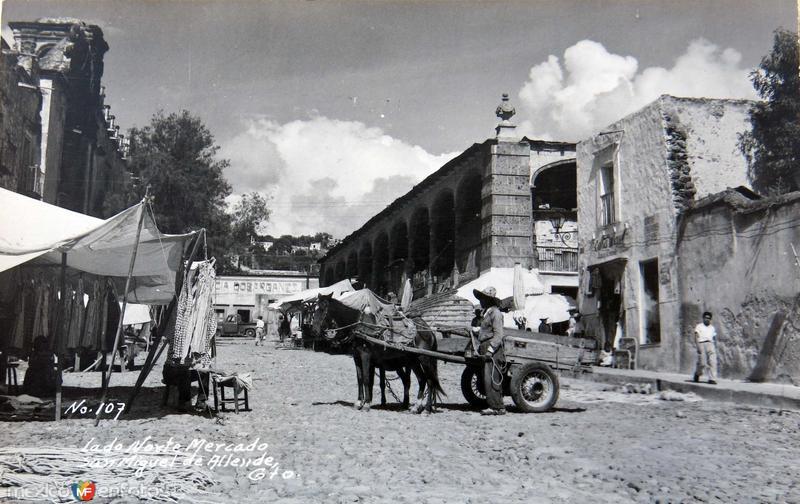 Mercado tipico lado Norte Hacia 1945
