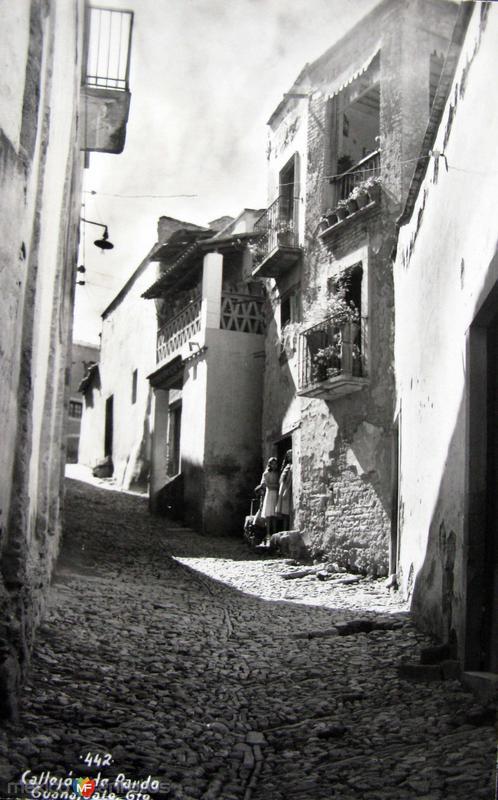 Callejones tipicos DE PARDO Hacia 1945