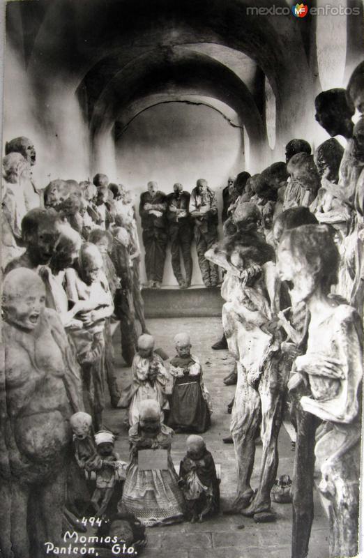 Las Momias Hacia 1945