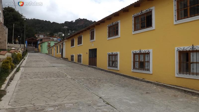 Calles del Pueblo Mágico de Capulalpam de Méndez. Julio/2014