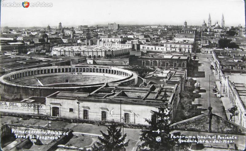 LA CATEDRAL Y PANORAMA Hacia 1930