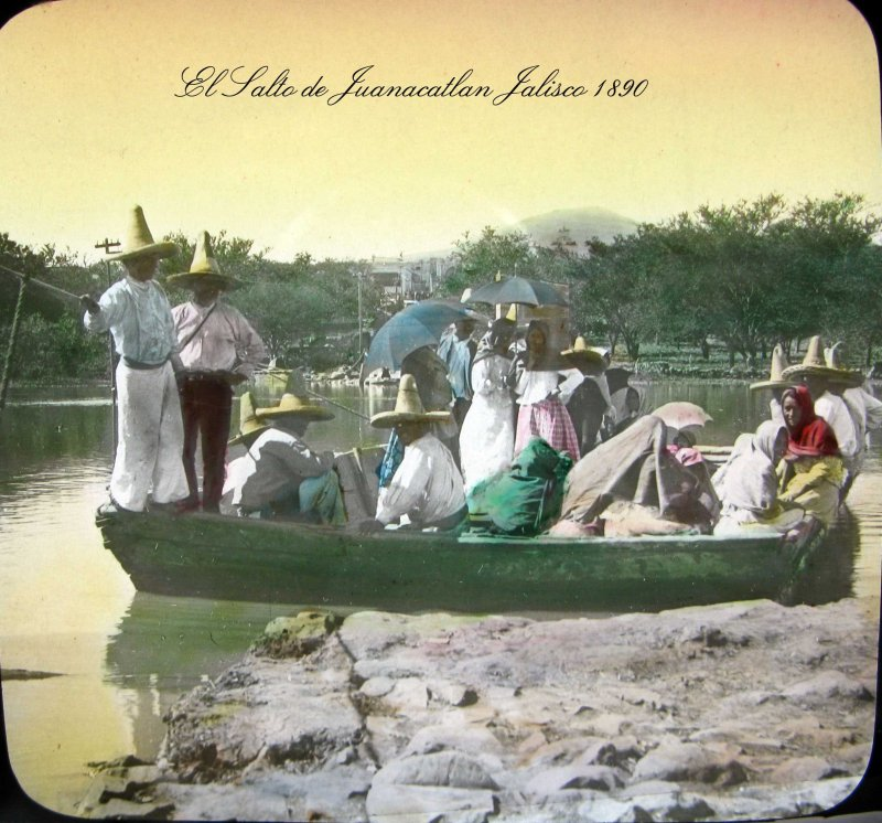 CRUZANDO EL RIO Hacia 1900