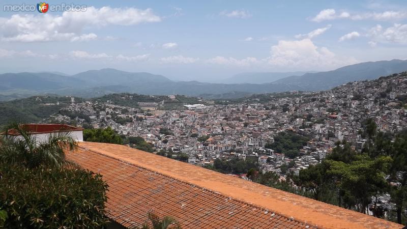 Ciudad de Taxco desde el teleférico. Julio/2014
