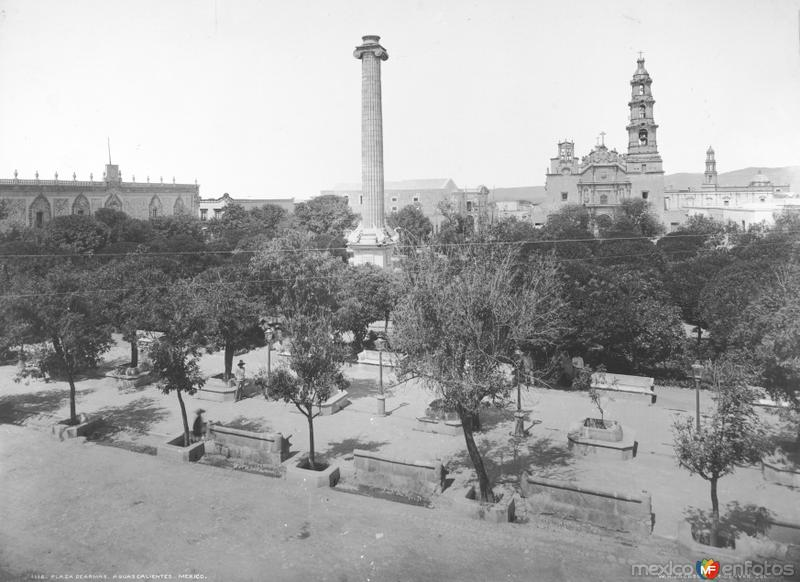 Catedral y Plaza de Armas (por William Henry Jackson, c. 1890)