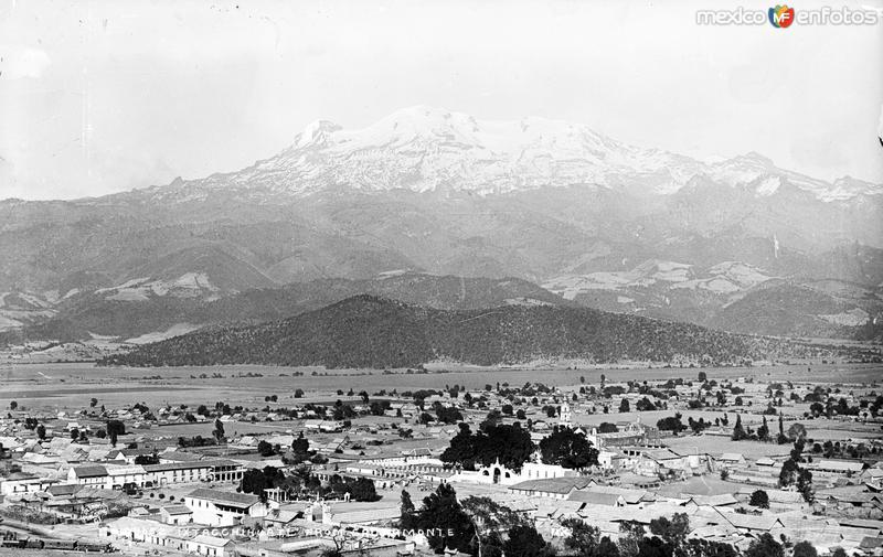 Volcán Iztaccíhuatl desde el Sacromonte (por William Henry Jackson, c. 1887) copy