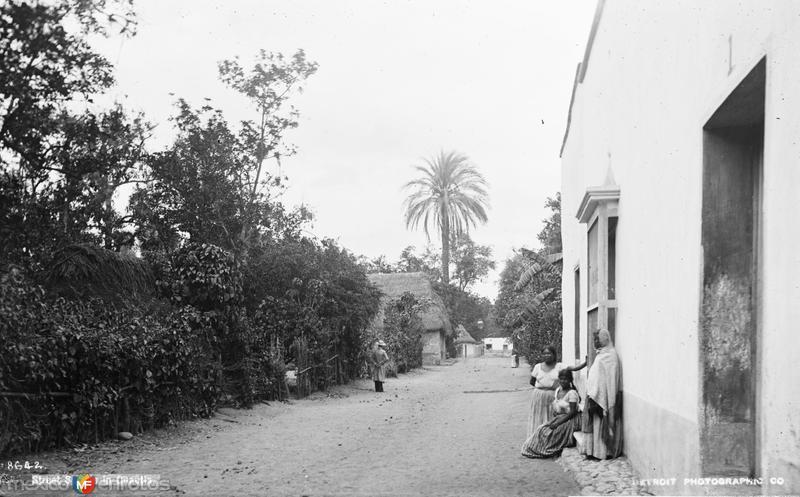 Calle en Cuautla (por William Henry Jackson, c. 1888)