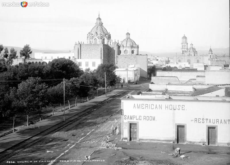 Vista panorámica de San Luis Potosí hacia la Iglesia del Carmen (por William Henry Jackson, c. 1888)