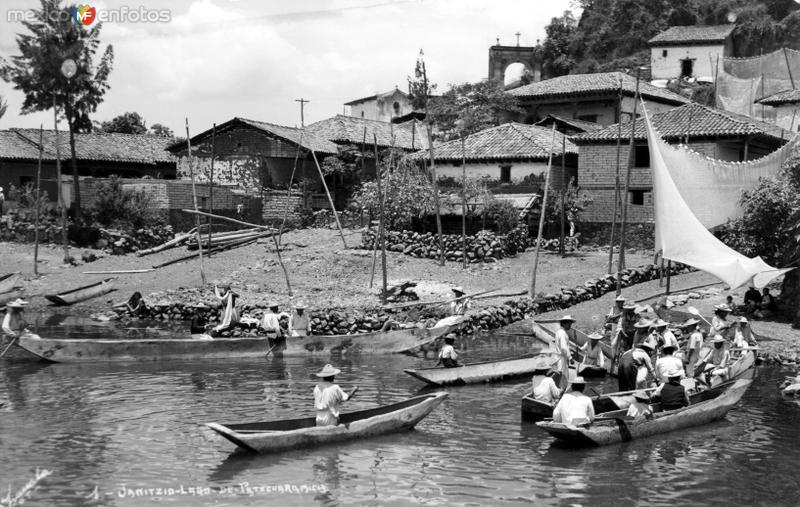 Pescadores en el Lago de Pátzcuaro