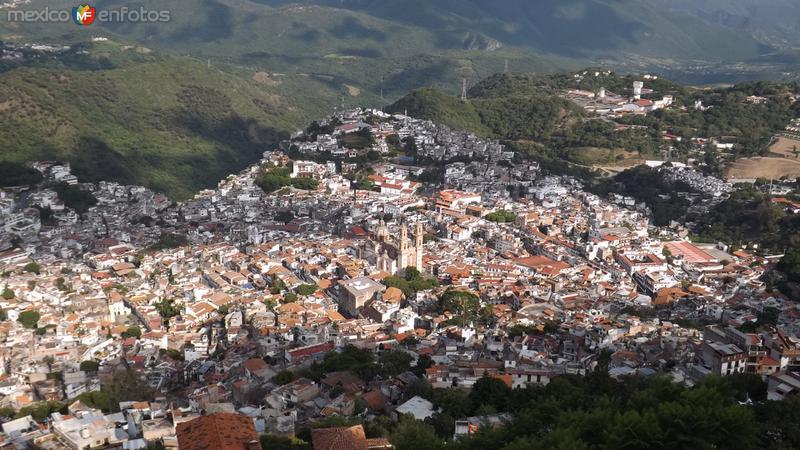 Panorámica de Taxco desde el mirador del Cristo. Julio/2014