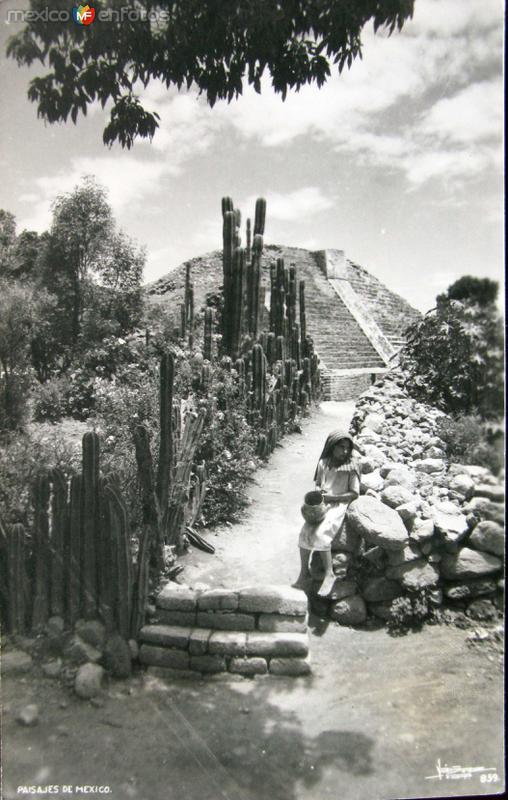 LAS PIRAMIDES Hacia 1959