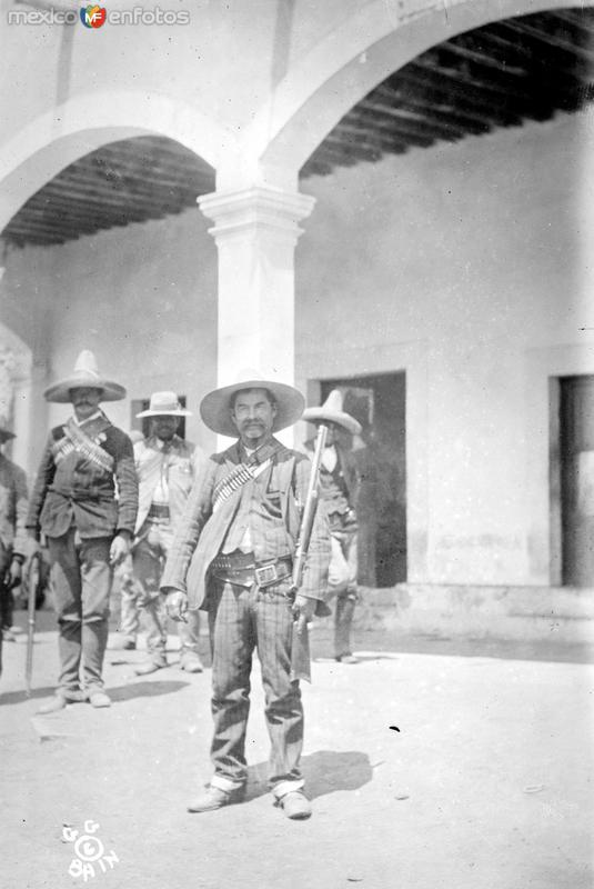 Julio Corral, lugarteniente de Francisco I. Madero (Bain News Service, c. 1911)