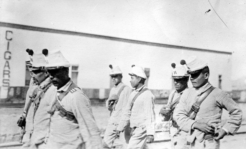 Soldados del Ejército Federal (Bain News Service, c. 1914)