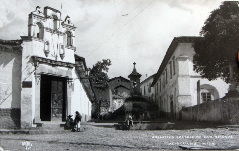 COLEGIO DE SAN NICOLAS Hacia 1945