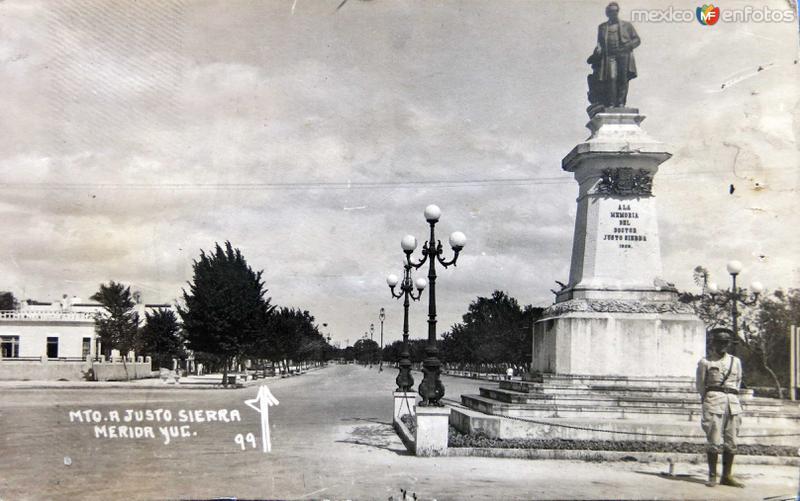MONUMENTO A JUSTO SIERRA