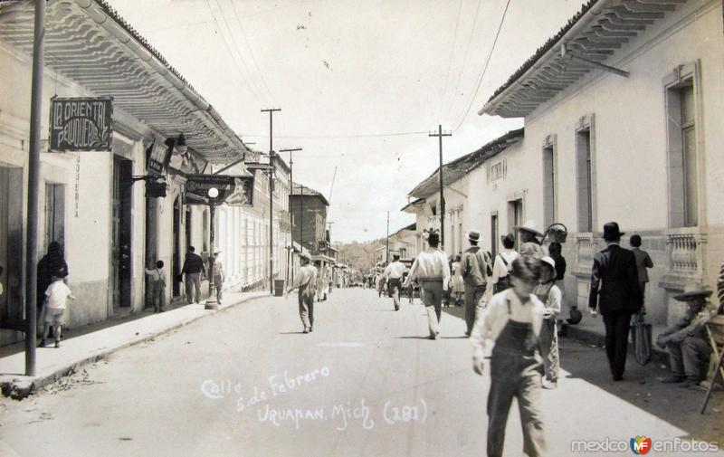 CALLLE CINCO DE FEBRERO Hacia 1945