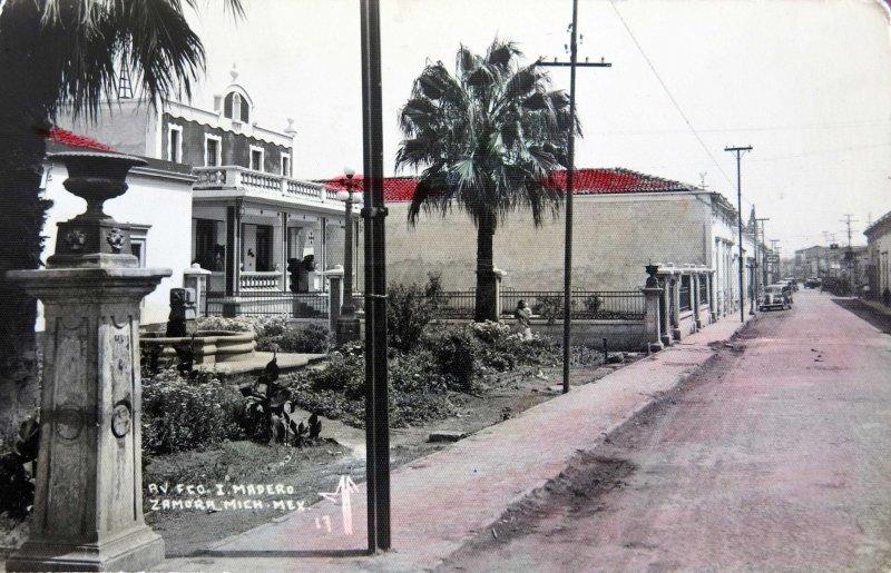 AVENIDA FRANCISCO I MADERO Hacia 1940