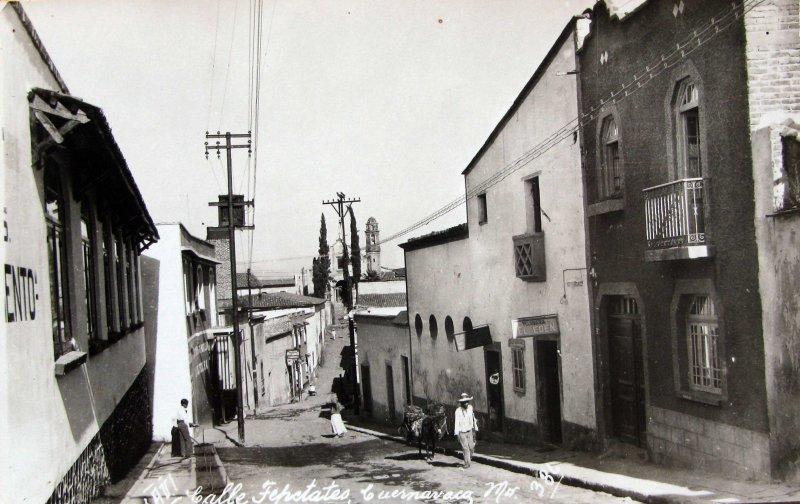 CALLE TEPETATES Hacia 1945