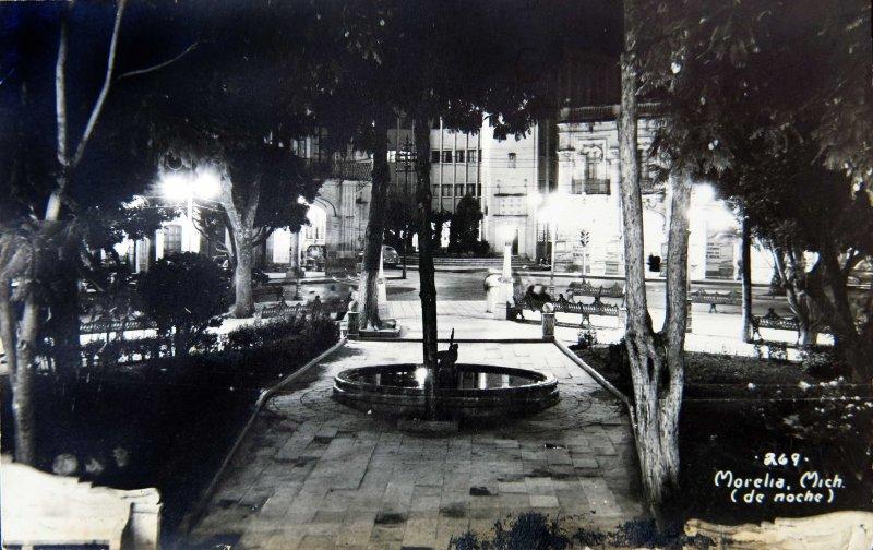 PANORAMA NOCTURNO Hacia 1945