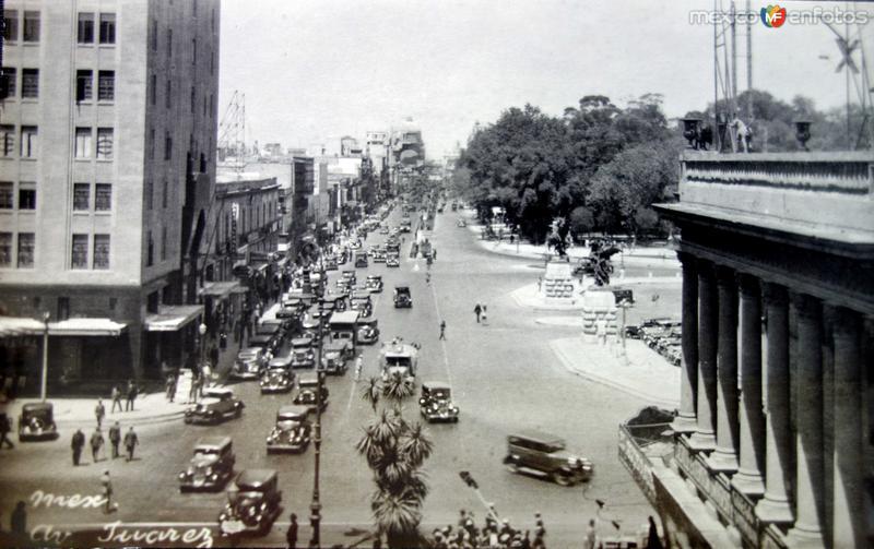 AVENIDA JUAREZ PANORAMICA Hacia 1945