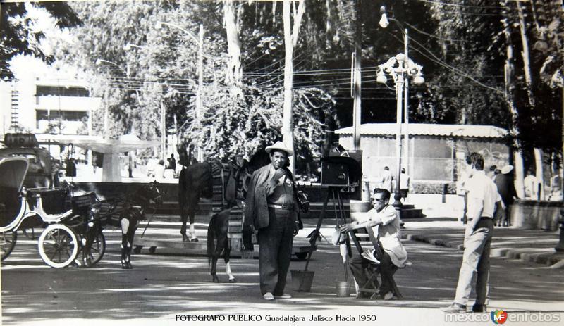 Fotógrafo Público en Guadalajara, Jalisco (circa 1950)