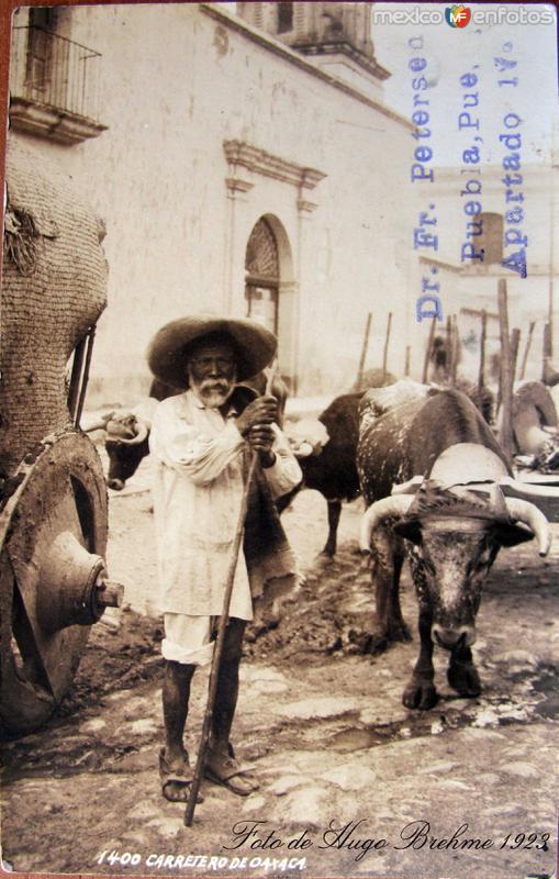 TIPOS MEXICANOS CARRETERO por el fotografo HUGO BREHME Hacia 1928