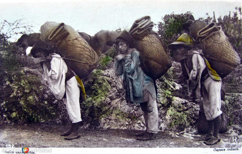 TIPOS MEXICANOS VENDEDORES DE CARBON Hacia 1909