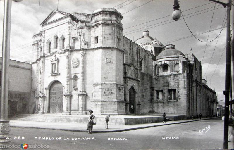 TEMPLO DE LA COMPANIA Hacia 1944