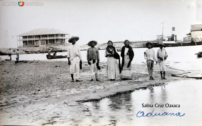 EDIFICIO DE LA ADUANA PANORAMA Hacia 1930