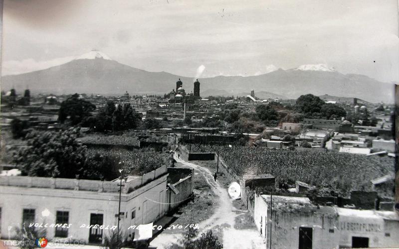 PANORAMA Y VOLCANES hacia 1909