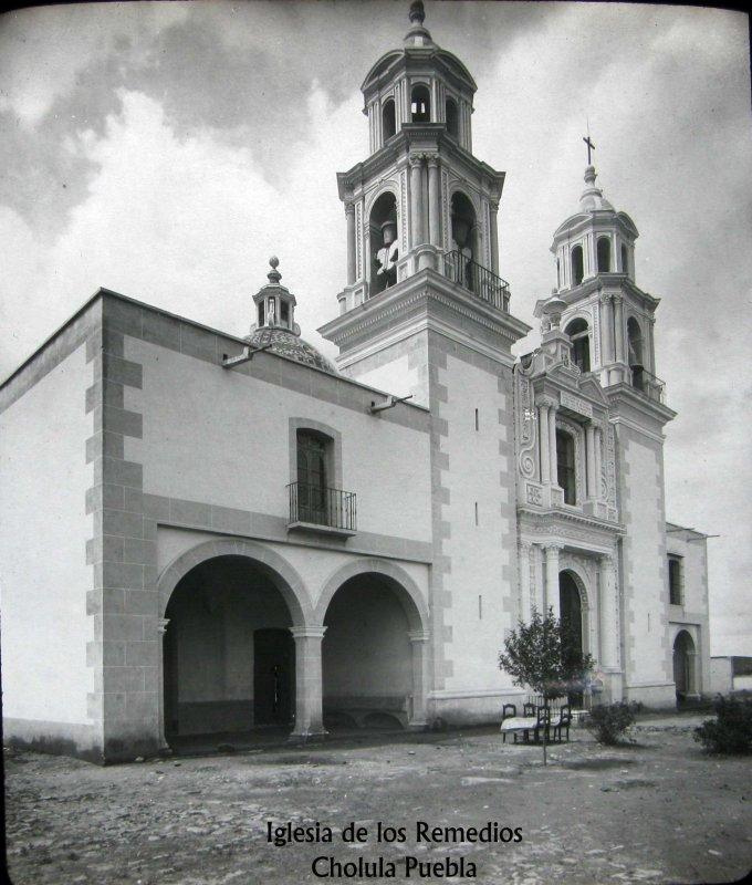 PANORAMA E IGLESIA Hacia 1900