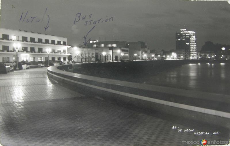 PANORAMA DE NOCHE hacia 1945