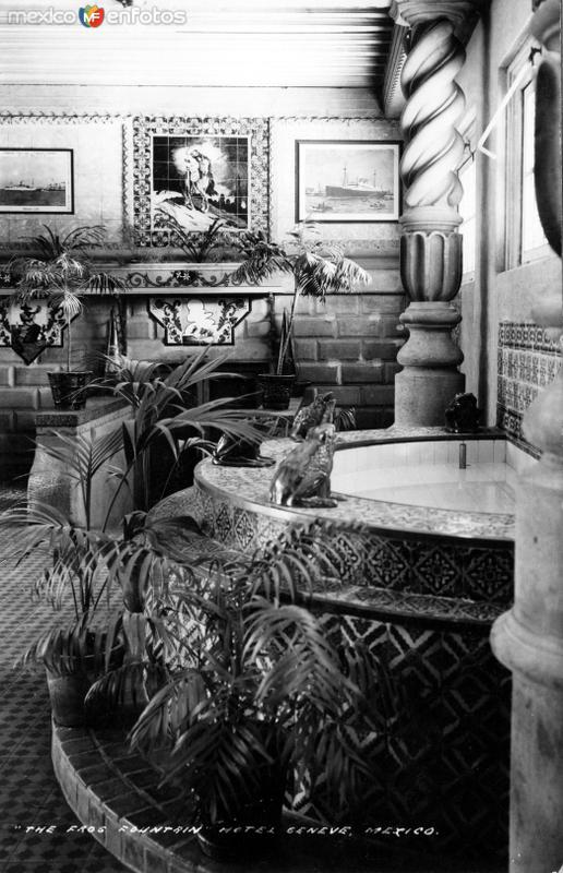 Fuente de las ranas, en el Hotel Génova