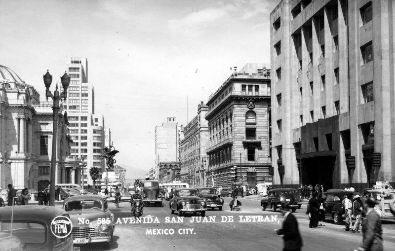 Avenida San Juan de Letrán (Lázaro Cárdenas)