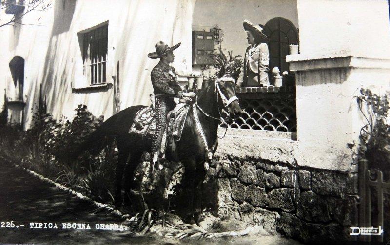 TIPOS MEXICANOS Noviando