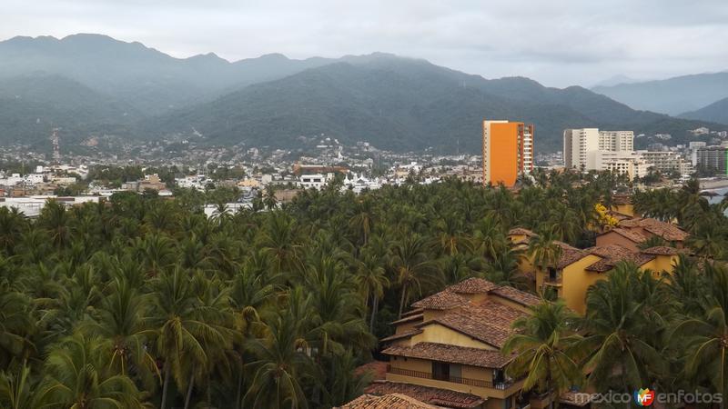 La Sierra Madre Occidental desde la zona hotelera. Abril/2015
