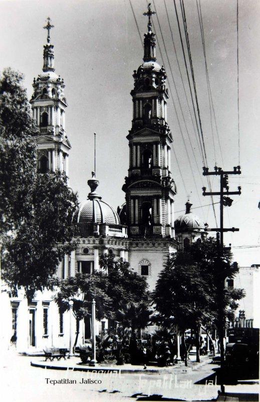 LA PARROQUIA Circa 1945