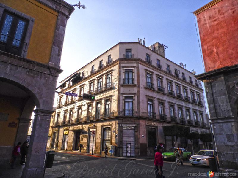 Hotel Gomez