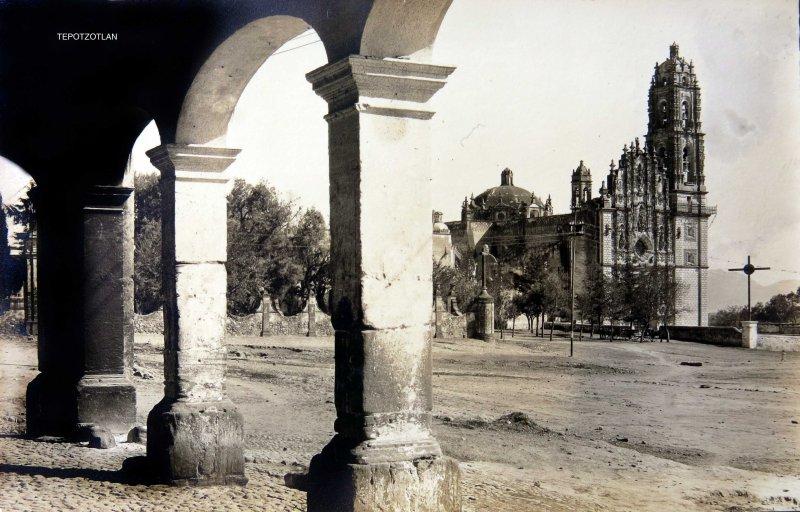 LA IGLESIA Circa 1920-1940
