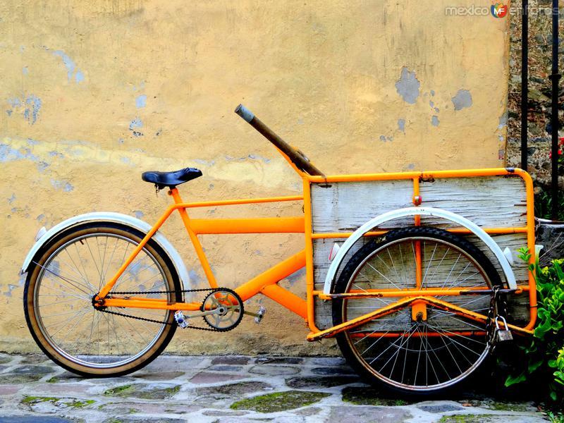 Triciclo en Xochimilco