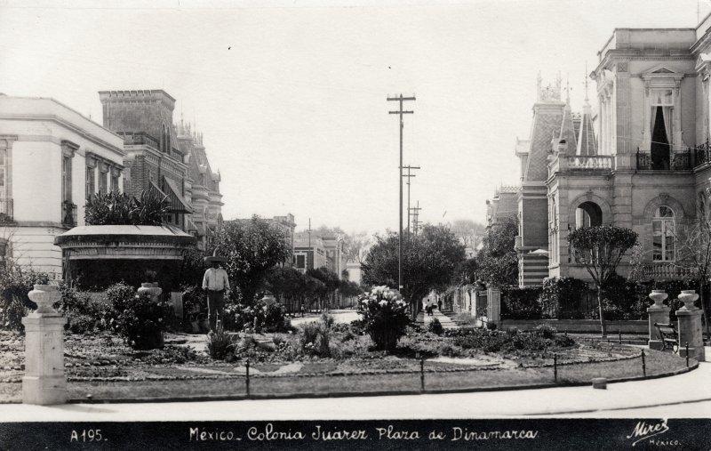 Plaza de Dinamarca, en la Colonia Juárez