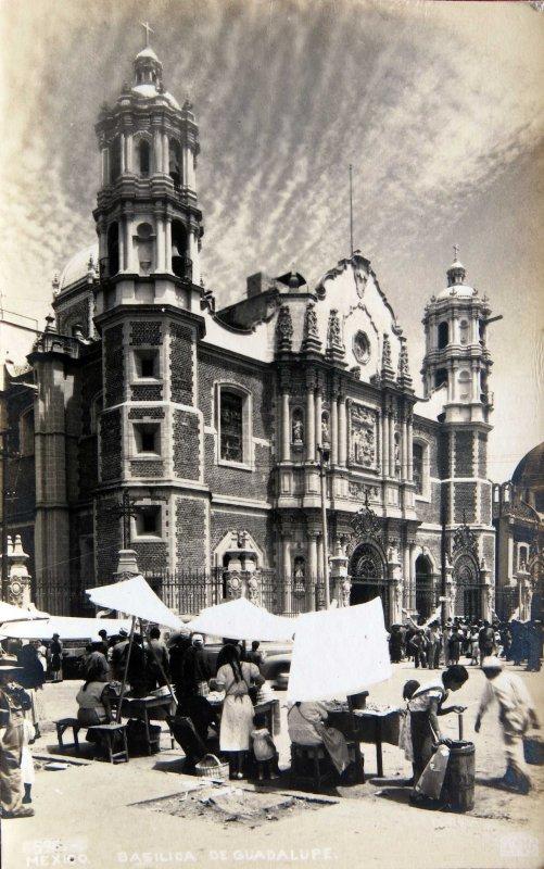 DIA DE MERCADO EN LA VILLA DE GUADALUPE Circa 1930-1950