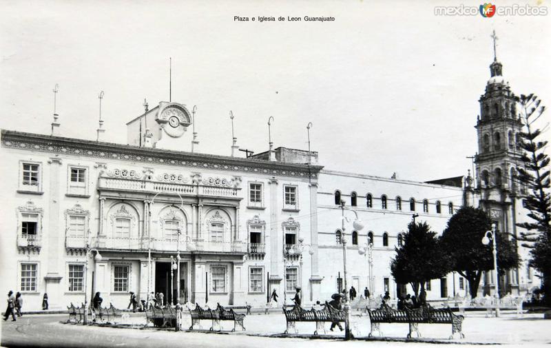 Plaza e Iglesia de Leon Guanajuato Circa 1930-1950