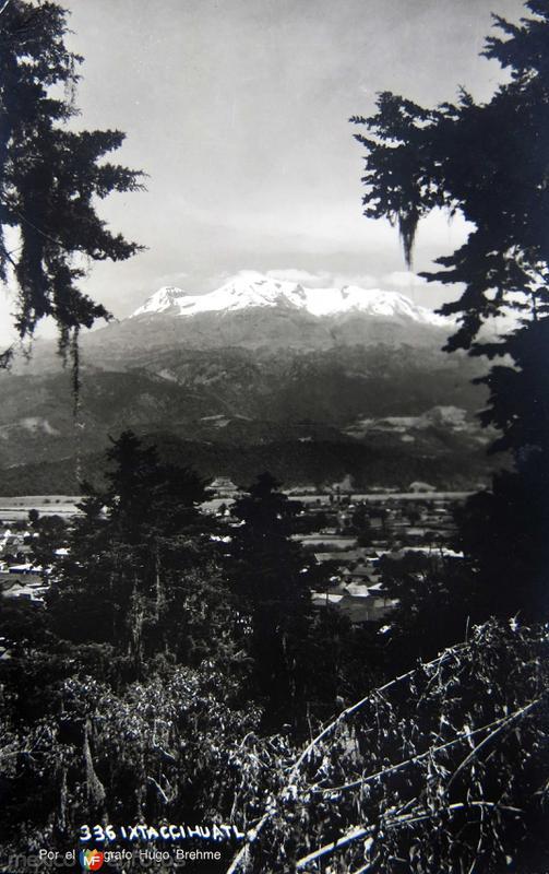 VOLCAN IXTACCIHUATL Por el fotografo Hugo Brehme Hacia 1930