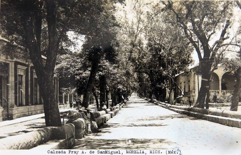 CALZADA FRAY A DE SAN MIGUEL circa 1930-1950