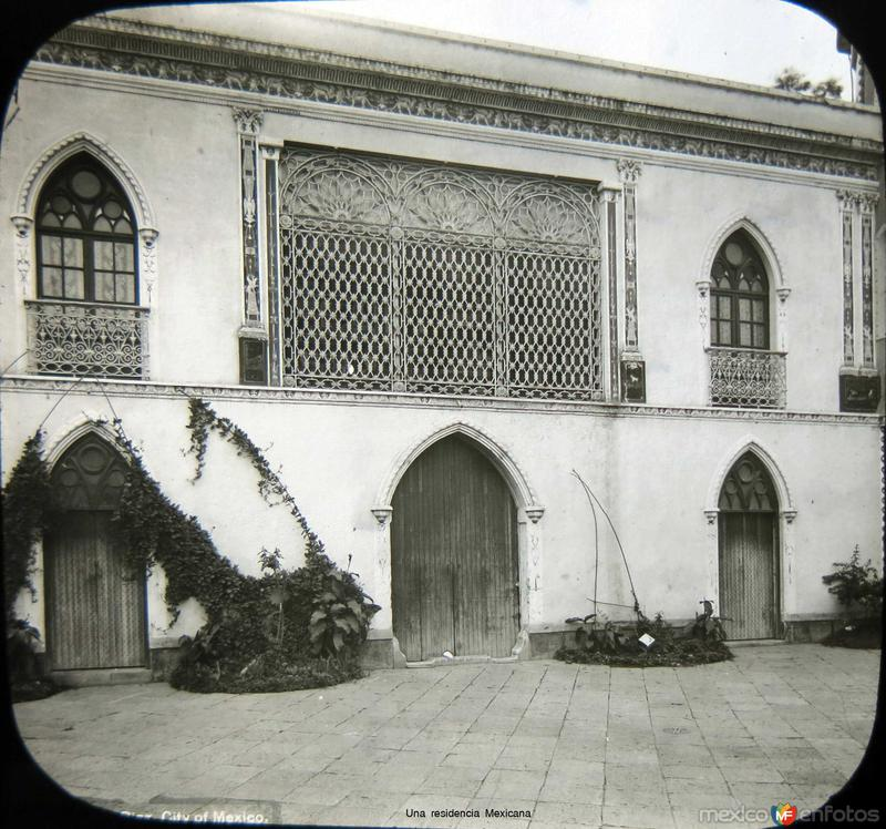 Una residencia Mexicana Mexico D F circa 1900-1920