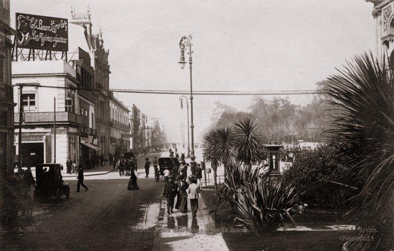 Jardín Guardiola y Avenida Juárez