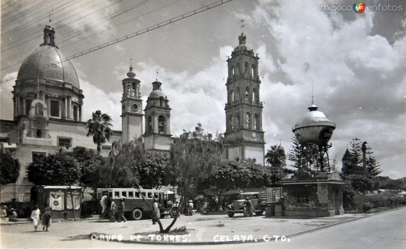 GRUPO DE TORRES Circa 1930-1950