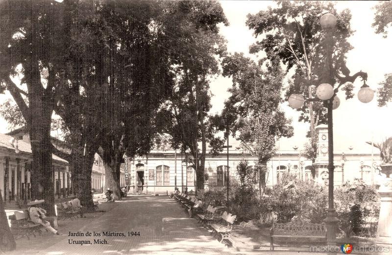 Uruapan, Jardín de los Mártires, 1944