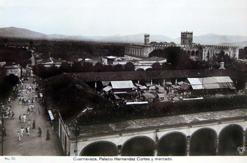 PANORAMA, MERCADO Y EL PALACIO DE CORTES circa 1900-1920