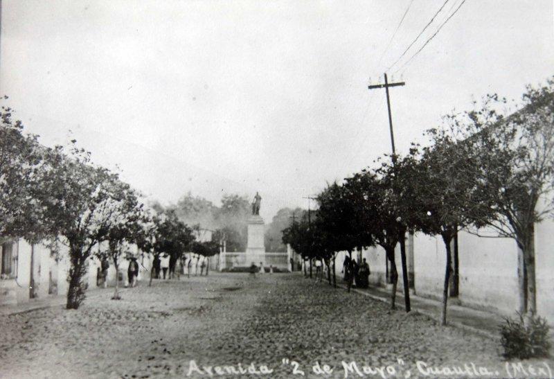 AVENIDA 2 DE MAYO circa 1900-1920